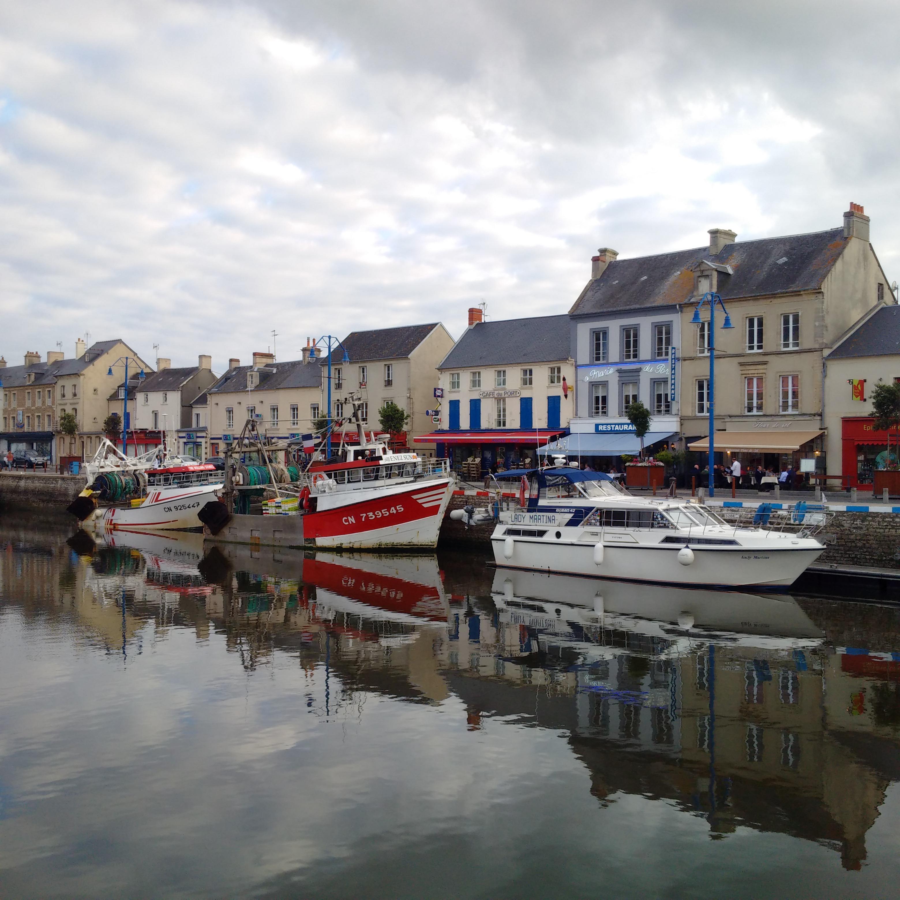 Lady Martina Grandcamp Maisy To Port En Bessin - Location port en bessin